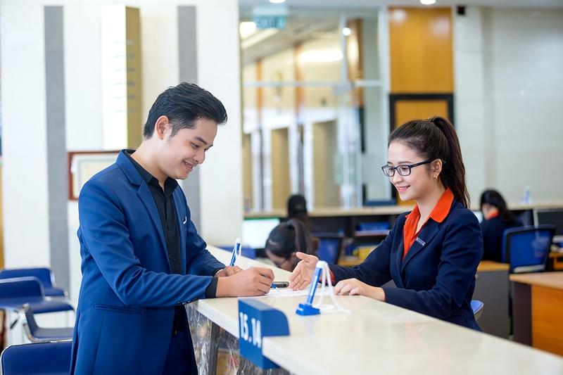 Khách hàng cần cập nhật thông tin giờ làm việc của Sacombank thường xuyên để biết được thời gian làm việc chính xác của ngân hàng
